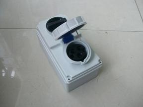CEE国际标准PCE工业带开关联锁防水插座插头