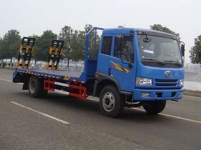 解放拉15吨挖机拖板车挖机运输车挖机拖车