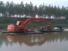 供应哈尔滨水上挖机出租