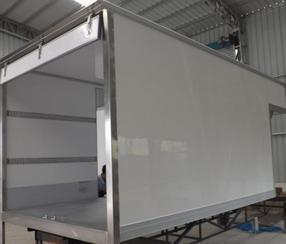 港艺超白冷藏车厢,采用进口材料