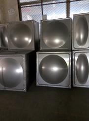 304方形不锈钢水箱及水箱冲压板价格