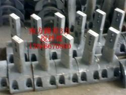 供应南方路基1000-3000型混凝土搅拌机配件,衬板、叶片、搅拌臂等。