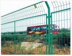 围墙铁丝网、铁丝防护网、铁丝围栏网、铁路隔离网、公路隔离网、安平护栏网厂