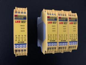 安全继电器 SR 301