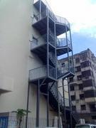 太原钢结构隔层复式楼中楼隔层的焊接消防楼梯制作