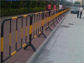黑黄色铁马护栏@江苏黑黄色铁马护栏@黑黄色铁马护栏厂家