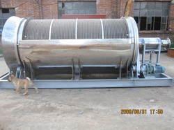 不锈钢固液分离机/格栅/废水处理设备