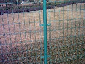 监狱钢网墙 新建城区围栏网 水源地围栏网