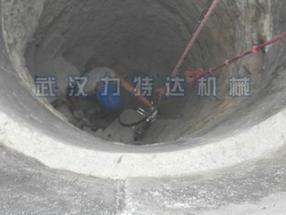 隧道、井桩作业免爆破拆除岩石设备