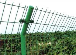 公路护栏网,浸塑护栏网,围墙钢丝网,铁丝隔离网