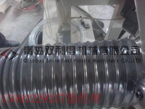 青岛双利得塑料排尘软管生产线