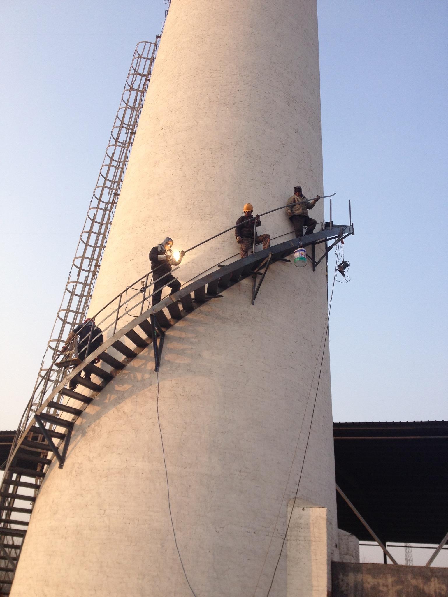 砖烟囱安装航标灯_烟囱安装转梯平台专业公司_CO土木在线