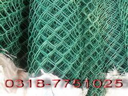 河北勾花网、勾花网价格、勾花网用途、养殖用铁丝网、龙亿勾花网厂