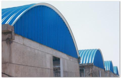 无梁拱形屋顶钢结构制作0311-89683456
