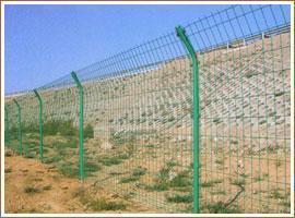 供应围墙护栏网双边护栏网小区护栏网