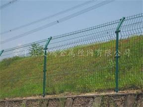 双圈护栏网价格&双圈隔离网生产厂家