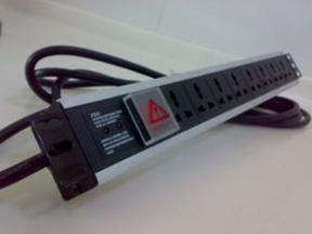 河南万佳机柜PDU防雷插座网,机柜专用PDU,网络机柜PDU防雷插座