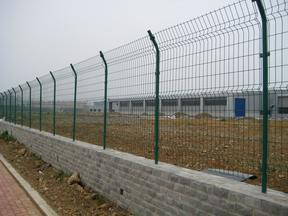 护栏网,公路护栏网,机场护栏网,小区护栏网,厂区围墙网