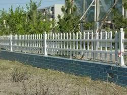 供应铁艺方管护栏
