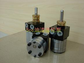 5cc圆形静电输漆齿轮泵