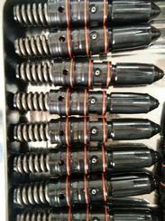 现货康明斯燃油泵4999474
