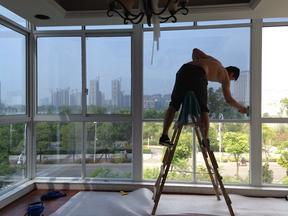 供应南京建筑玻璃贴隔热膜