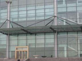 哈尔滨玻璃幕墙工程13206677336