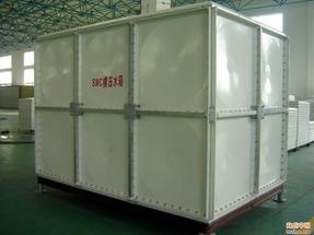 玻璃钢水箱厂家_玻璃钢水箱厂家价格