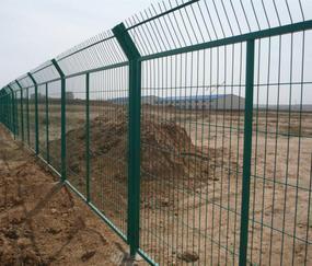 光伏围栏网|光伏防护围栏|光伏电站围栏|光伏电站围栏网