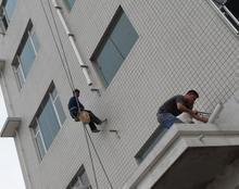 上海外墙水管安装师傅、维修外墙排水管、安装外墙水管