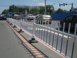 供应钢制护栏