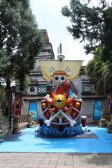 动漫海贼王人物展会道具玻璃钢彩绘雕塑
