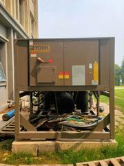 格瑞德中央空调机组进水维修 螺杆压缩机维修