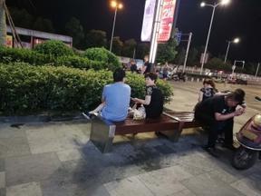 丽水广场不锈钢座凳 篮球场休闲座凳特价 公园商业街长条凳子