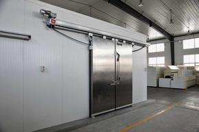 肉类加工厂冷冻冷库专用电动保温门