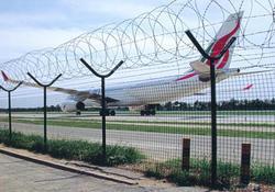 机场隔离栅/机场护栏网/机场防护网