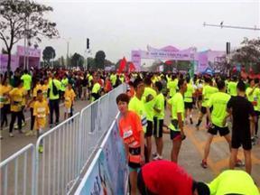 马拉松赛道隔离护栏@成都马拉松赛道隔离护栏厂家