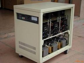 鸿宝(超低电压)三相分调交流稳压器