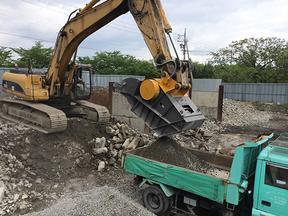 挖机破碎斗、挖机移动破碎机、加工石子、破碎建筑垃圾
