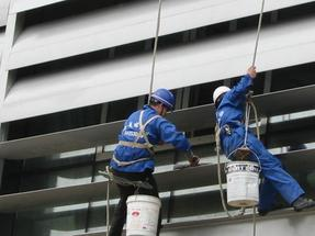 南寧市大廈玻璃幕墻清洗