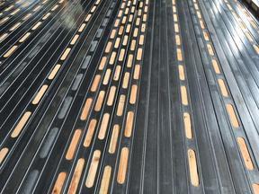 耐腐蚀 可循环木方 钢木龙骨 钢包木 钢木枕