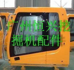 现代110-7挖掘机驾驶室