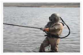 专业水下作业