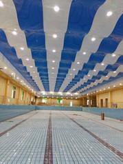 邯郸室内游泳馆内吊顶装饰材料选用宁氏软膜天花材料不受腐蚀