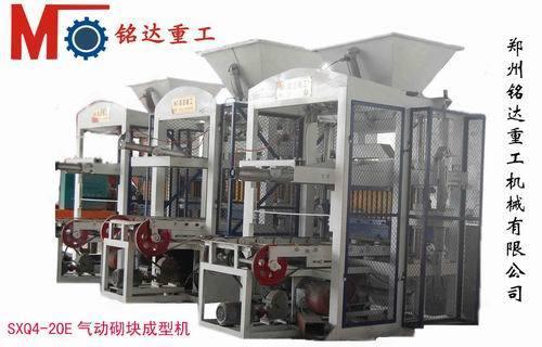 郑州铭达重工机械公司供应供应 免烧砖机,空心砖机,砌块