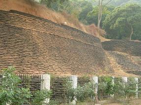 和顺生态袋护坡种草方法,生态袋厂家现场指导施工