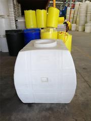 重庆塑料水箱厂家 1吨卧式水箱 车载水箱价格