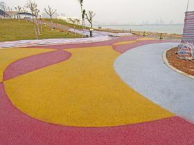 青岛透水混凝土裂缝解决方案  青岛彩色压花地坪做法