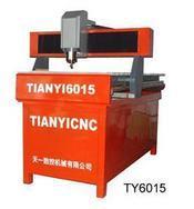专业古典家具雕刻机TYY1315-2家具雕刻机、红木专用雕刻机、仿古家具雕刻机、聊城天一数控优质供应