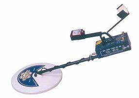 送工兵铲的TC-90地下2米金属探测器(08新款)